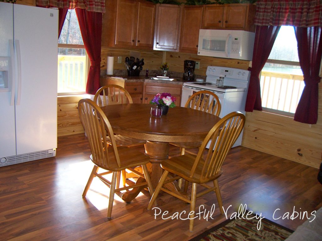The Island One Bedroom Cabin Peaceful Valley Lake And